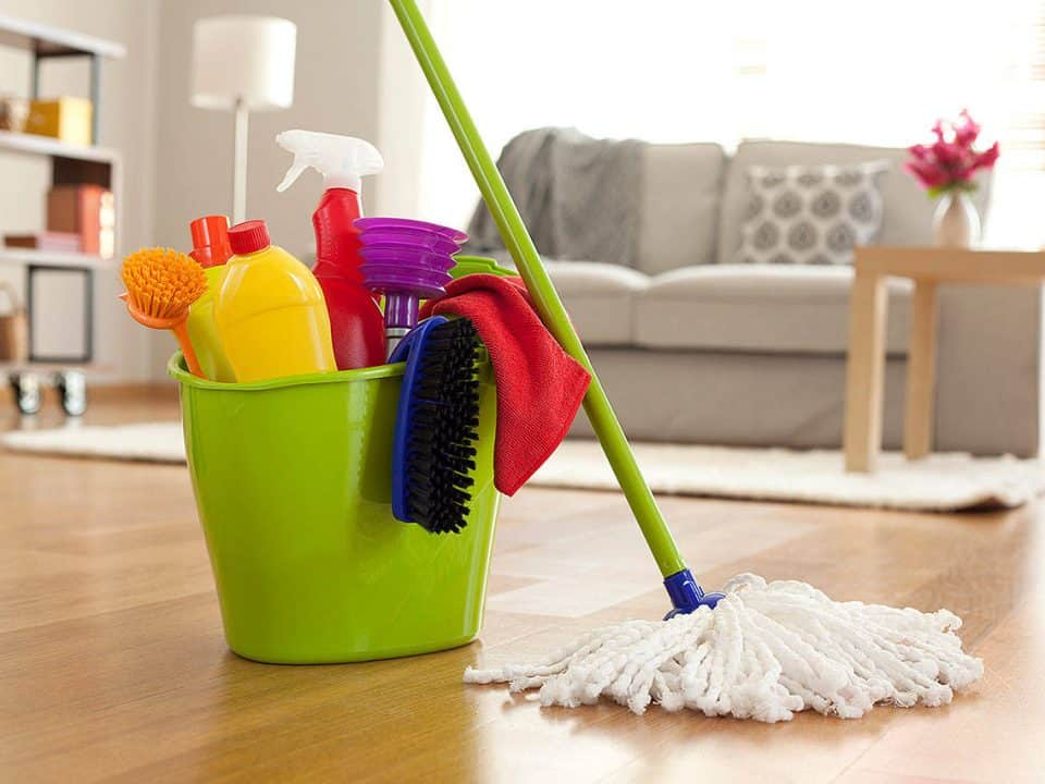 cleaning flooring